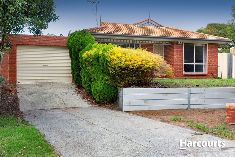 Photo - 7 Souhail Court, Berwick VIC 3806  - Image 1