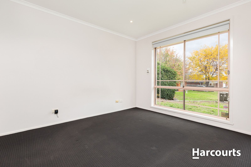 Photo - 7 Souhail Court, Berwick VIC 3806  - Image 6