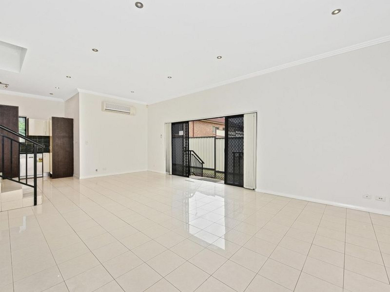 Photo - 7/113-117 Mimosa Street, Bexley NSW 2207  - Image 7