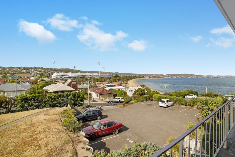 Photo - 7/15 Chapman Street, Bellerive TAS 7018  - Image 2