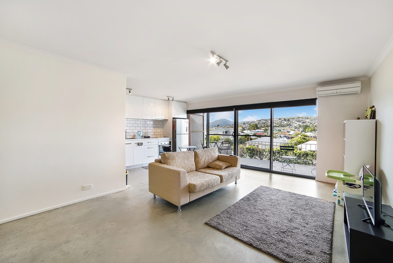 Photo - 7/15 Chapman Street, Bellerive TAS 7018  - Image 5