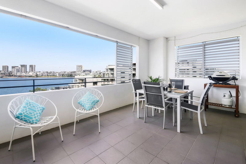 727/25 Bennelong Parkway, Wentworth Point NSW 2127