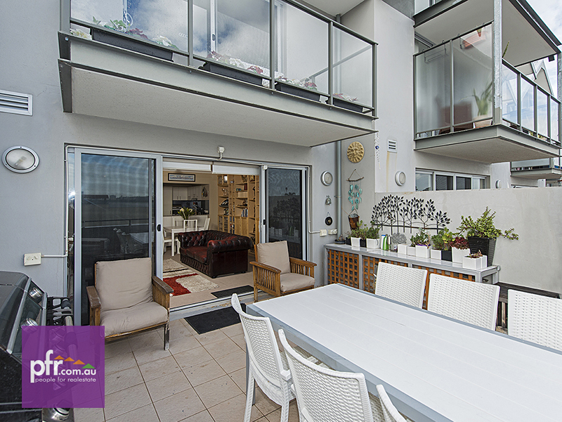 7 28 banksia terrace south perth wa 6151 for 55a swanview terrace south perth