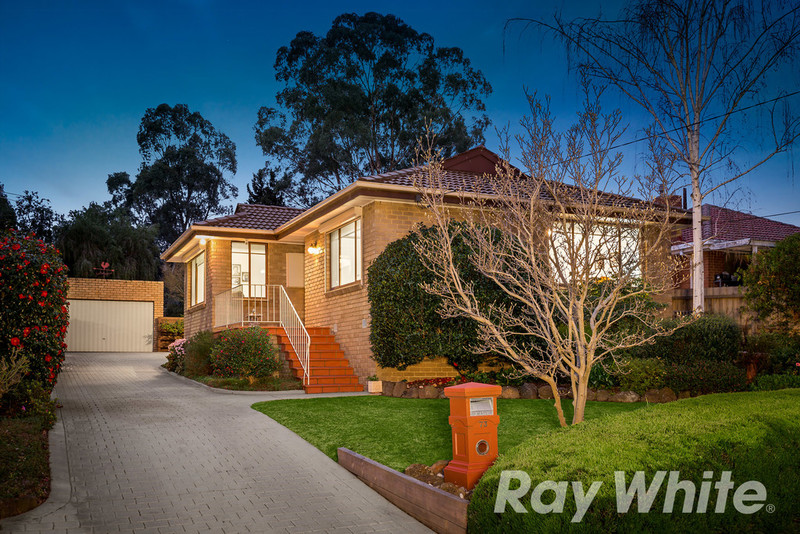 73 Somers Avenue, Macleod VIC 3085