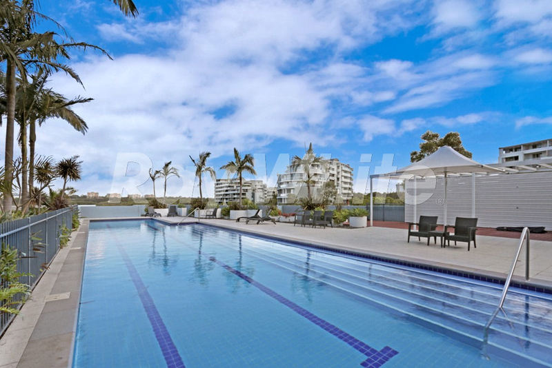 745 2 The Crescent Wentworth Point NSW 2127