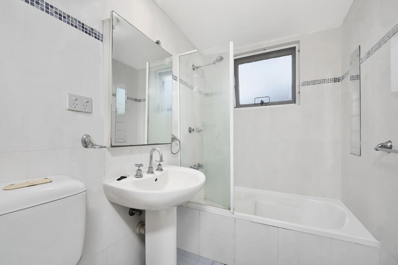 Photo - 7/5 Henry Street, Ashfield NSW 2131  - Image 6