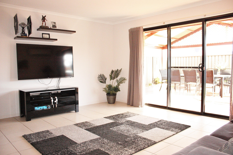 Photo - 75 Serpentine Circuit, Andrews Farm SA 5114  - Image 4