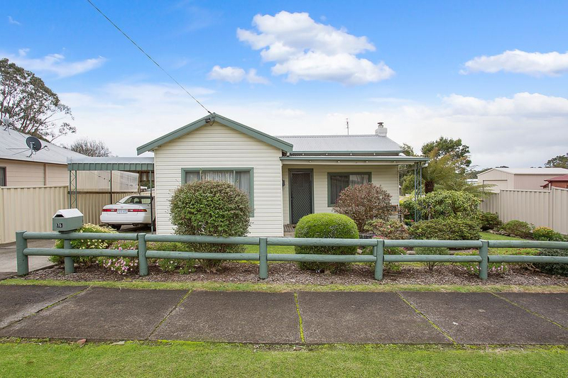 76 Bailey Street, Timboon VIC 3268