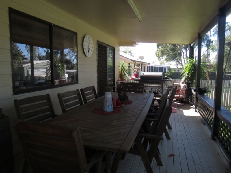 Photo - 8 Beitz Street, Roma QLD 4455  - Image 3