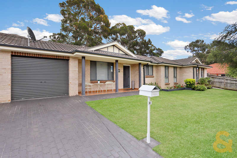 8 Bond Place, Oxley Park NSW 2760