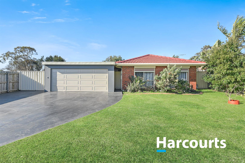 8 Caitlyn Court, Cranbourne North VIC 3977