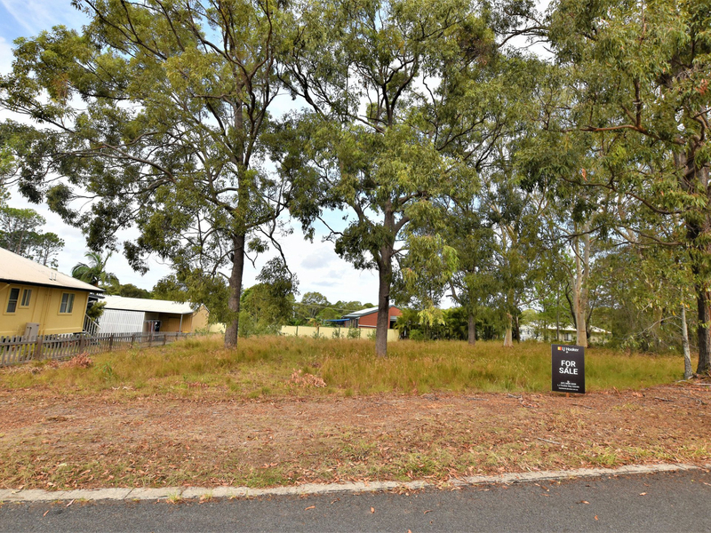 Photo - 8 Guthrie Street, Russell Island QLD 4184  - Image 1