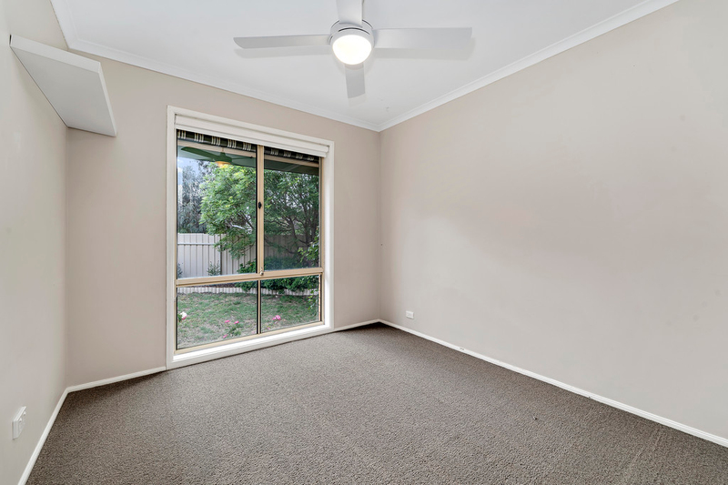 Photo - 8 Minnta Place, Ngunnawal ACT 2913  - Image 10