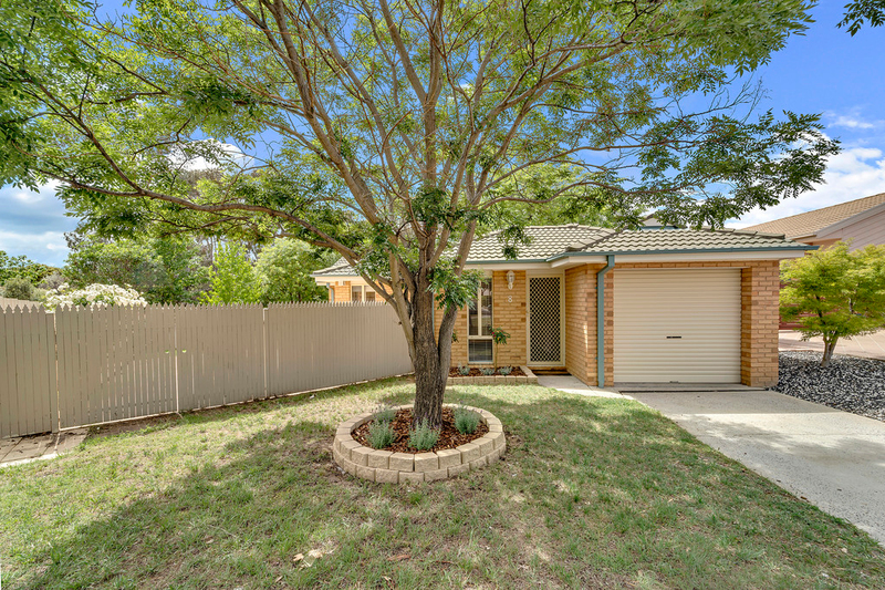 Photo - 8 Minnta Place, Ngunnawal ACT 2913  - Image 16
