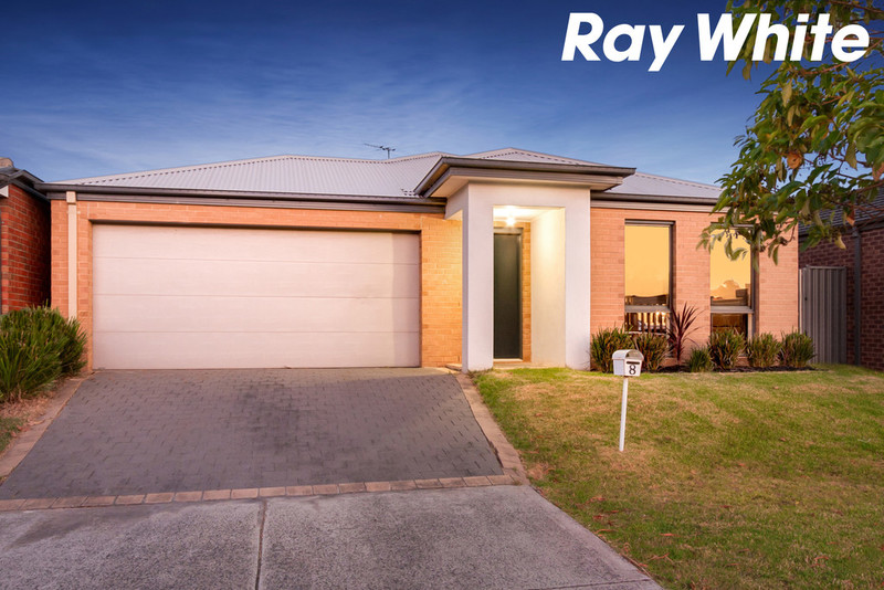 8 tangelo terrace pakenham vic 3810 For1 Mcleish Terrace Pakenham