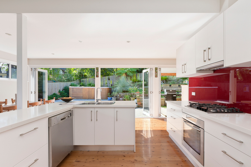 Photo - 8 Western Avenue, North Manly NSW 2100  - Image 4