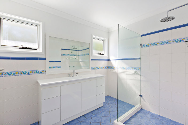 Photo - 8 Western Avenue, North Manly NSW 2100  - Image 7