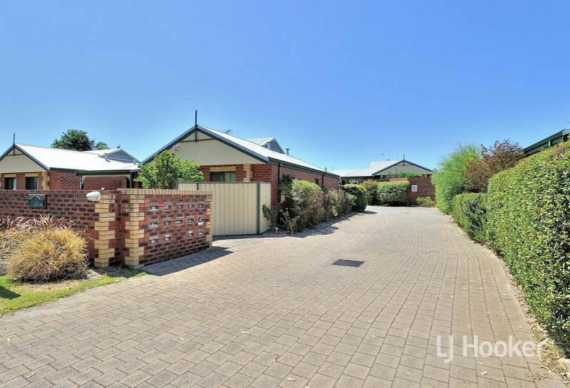 Photo - 8/106 Broadway Bassendean WA 6054  - Image 22