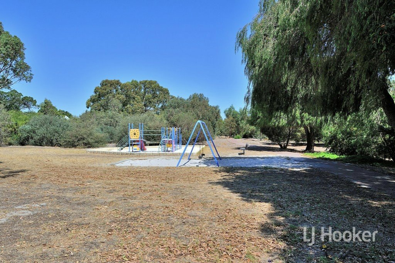 Photo - 8/106 Broadway Bassendean WA 6054  - Image 23