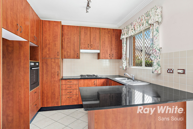 Photo - 81A Russell Avenue, Sans Souci NSW 2219  - Image 2