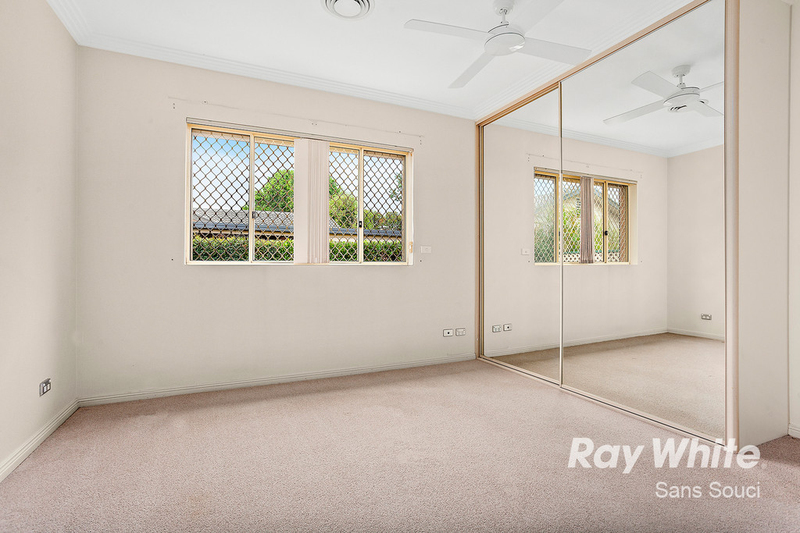 Photo - 81A Russell Avenue, Sans Souci NSW 2219  - Image 3