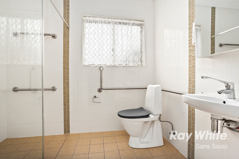 Photo - 81A Russell Avenue, Sans Souci NSW 2219  - Image 5