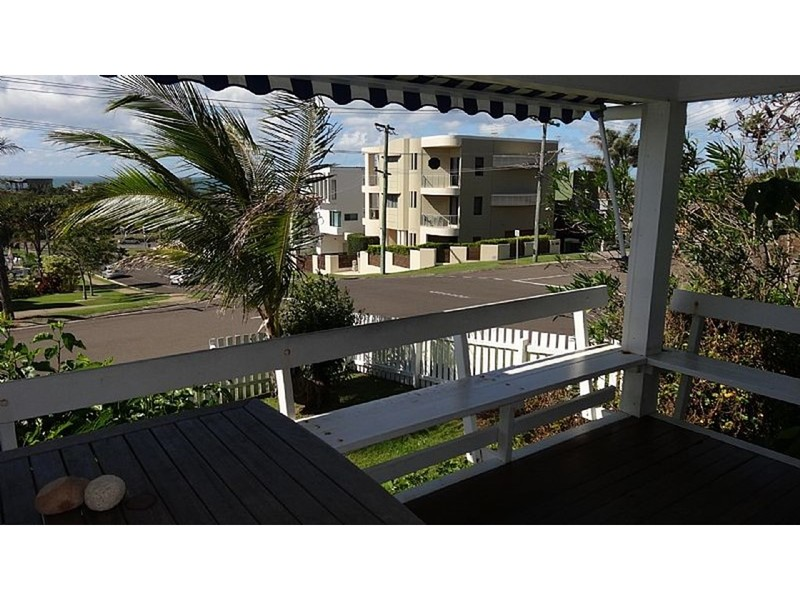 84 coolum terrace coolum beach qld 4573 for 111 coolum terrace coolum beach
