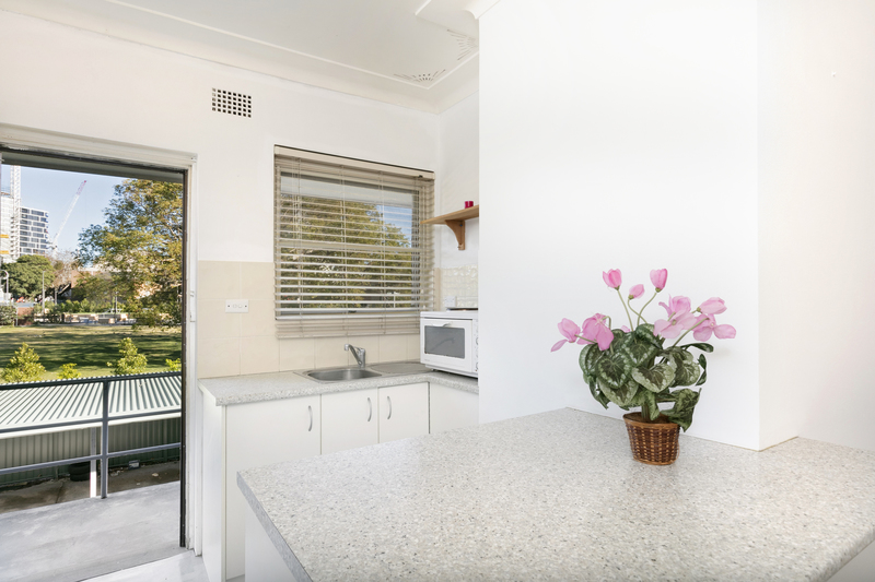 Photo - 8/42 Howard Avenue, Dee Why NSW 2099  - Image 4