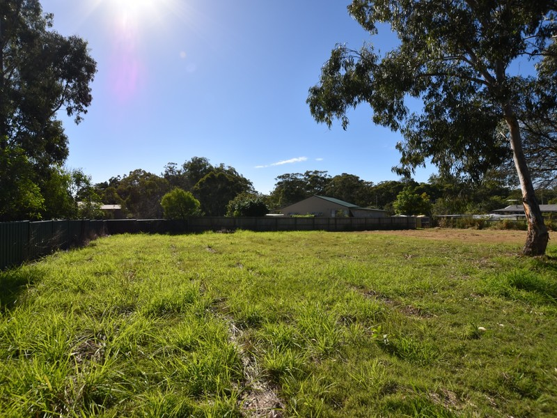 85 Jackson Rd Russell Island QLD 4184