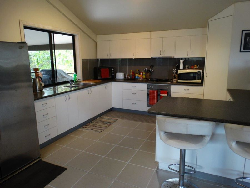 Photo - 859 Ferry Road, Rosedale QLD 4674  - Image 3