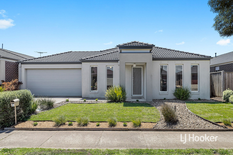 87 Tristania Drive, Point Cook VIC 3030