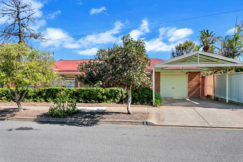 9 Barry Street, Christies Beach SA 5165