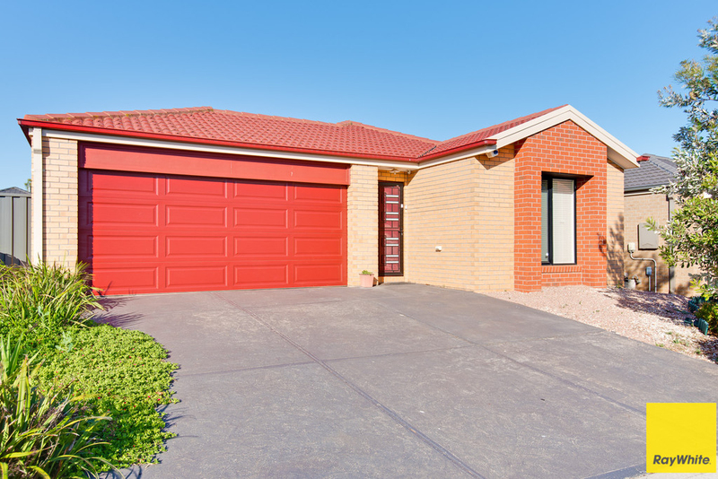 9 Clematis Cres Manor Lakes VIC 3024