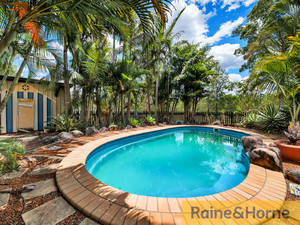 5 ACRES * POOL * STABLE * GRANNY FLAT