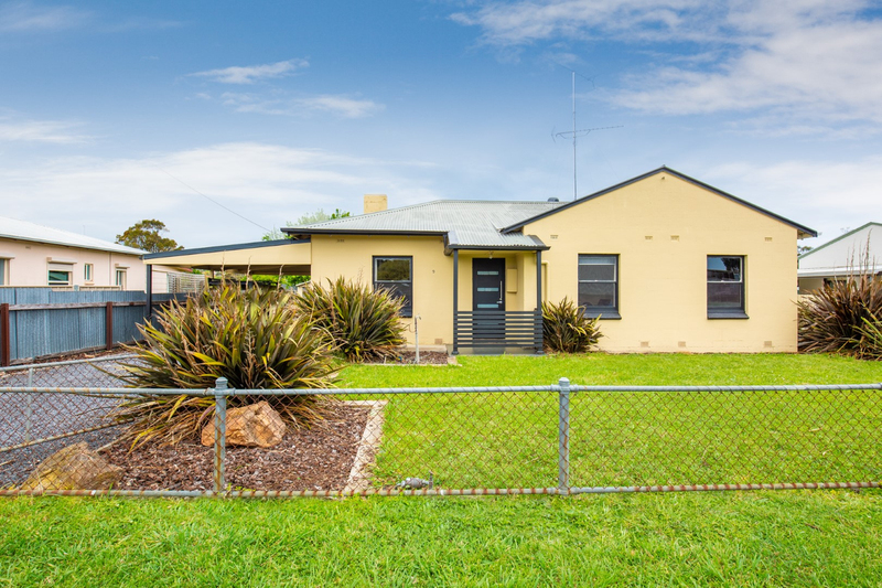 Photo - 9 Oolna Street, Mount Gambier SA 5290  - Image 1