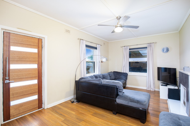 Photo - 9 Oolna Street, Mount Gambier SA 5290  - Image 2
