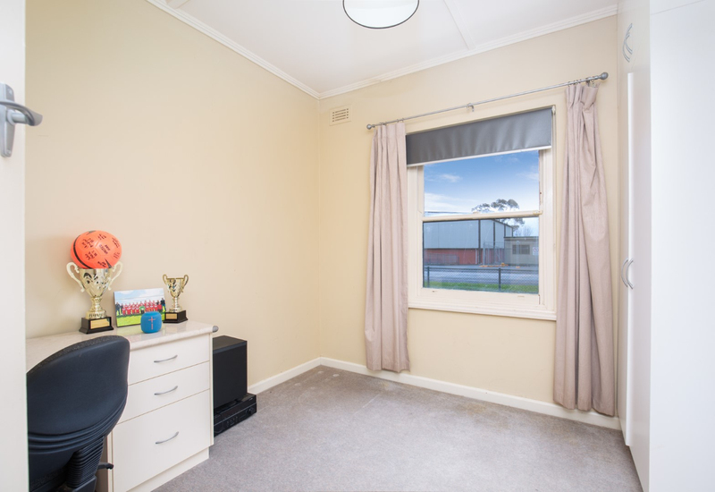 Photo - 9 Oolna Street, Mount Gambier SA 5290  - Image 8