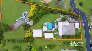 EXCLUSIVE & CONTEMPORARY ACREAGE SPECIAL! ENTERTAINERS DREAM WITH GRANNY FLAT +