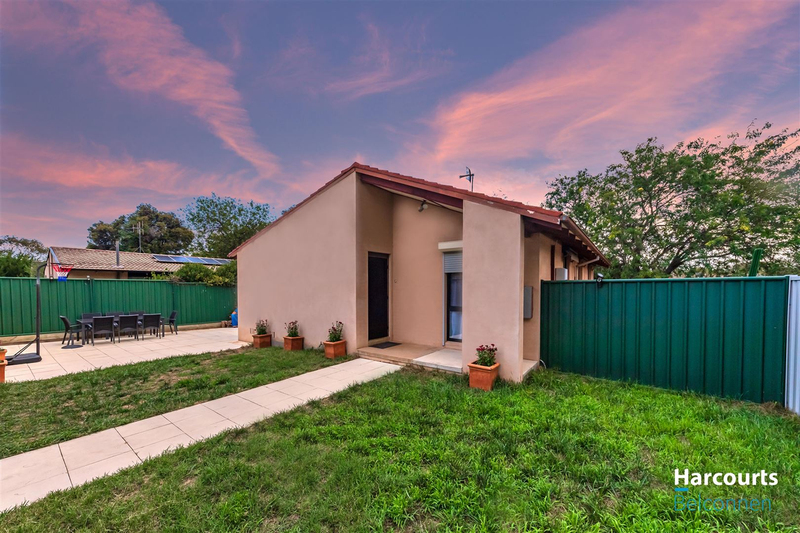 9 Traill Place, Charnwood ACT 2615