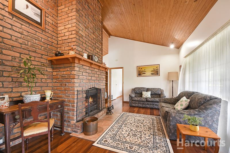 Photo - 92 Hermitage Place, Morayfield QLD 4506  - Image 3