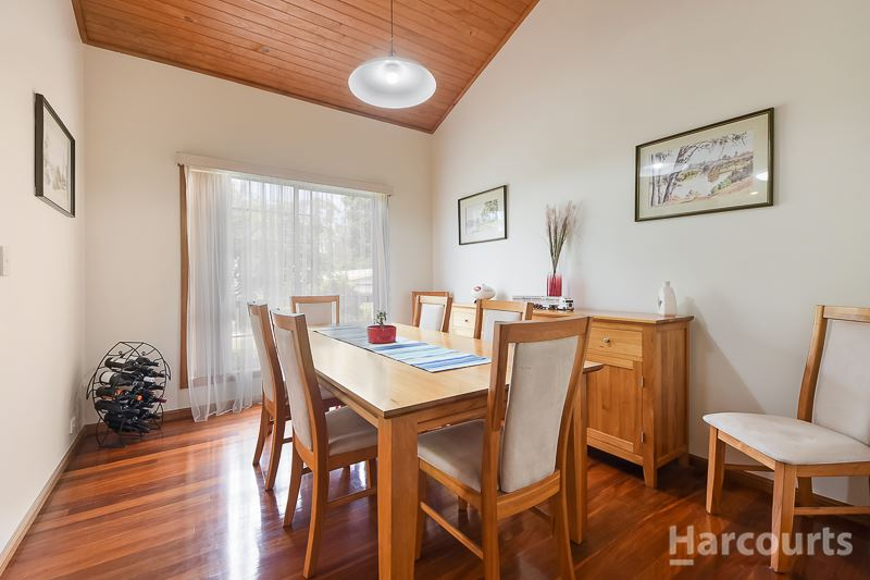 Photo - 92 Hermitage Place, Morayfield QLD 4506  - Image 6