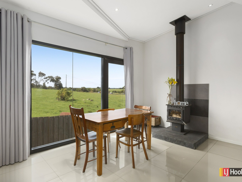 Photo - 96A Marriner Street, Colac East VIC 3250  - Image 5