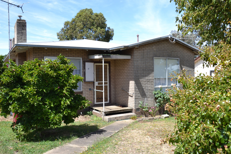 97 Bree Road, Hamilton VIC 3300