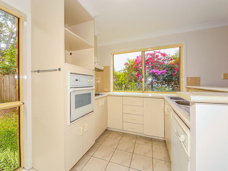 Photo - 9/8 Doyalson Street, Helensvale QLD 4212  - Image 6