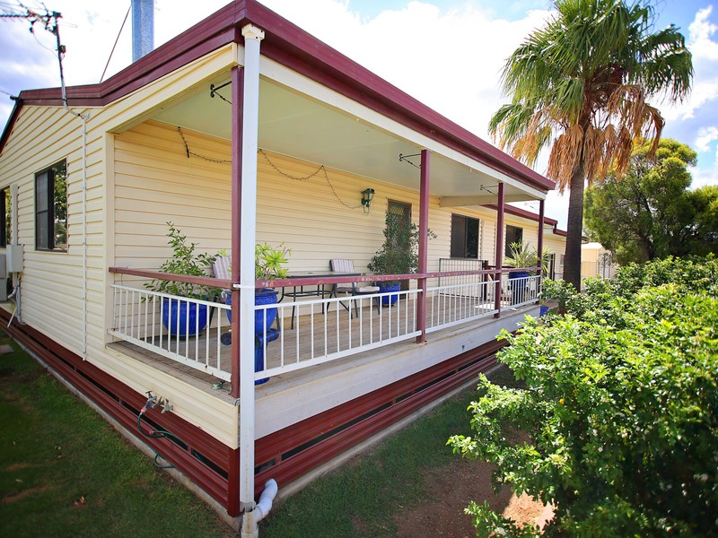 99 Miscamble Street, Roma QLD 4455