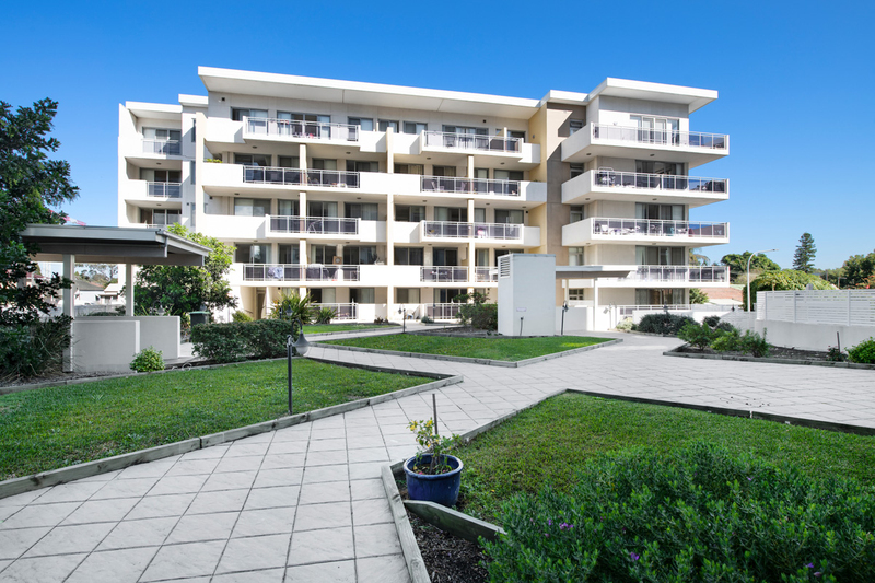 B303/22 - 26 Innesdale Road (Enter From Robert Lane) Wolli Creek NSW 2205