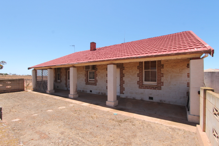 Elbowhill Town Lincoln Highway, Cowell SA 5602