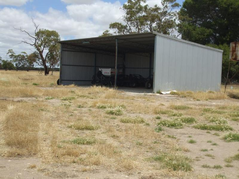 Photo - Lot 3 & 12 Cnr Dukes & Ngarkat Hwy Bordertown SA 5268  - Image 5