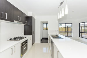 Full Turn Key Home, Perfect For The Growing Family !