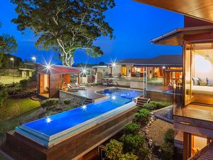'The Eagles Nest', Amazing 18 Hole Golf Course & Luxury Home in Noosa Hinterland